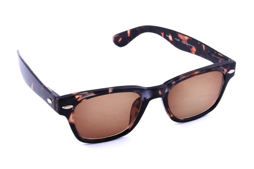 d328ca87a1a35 Peepers Clark Kent Solar Reading Sunglasses - Reading Glasses At ...