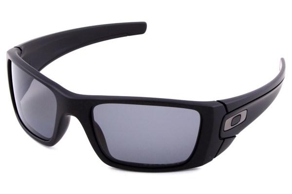 acecc2cc19 Oakley Fuel Cell Polarized - Buy Eyeglass Frames and Prescription ...